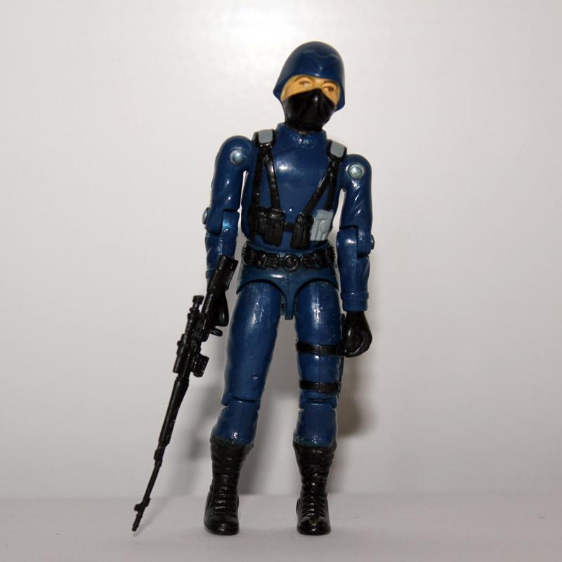 COBRA OFFICER (1982)